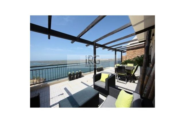Thumbnail Apartment for sale in Faro (Sé E São Pedro), Faro, Faro