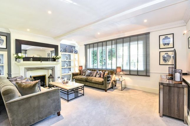 Thumbnail Terraced house to rent in Frognal, Hampstead NW3,