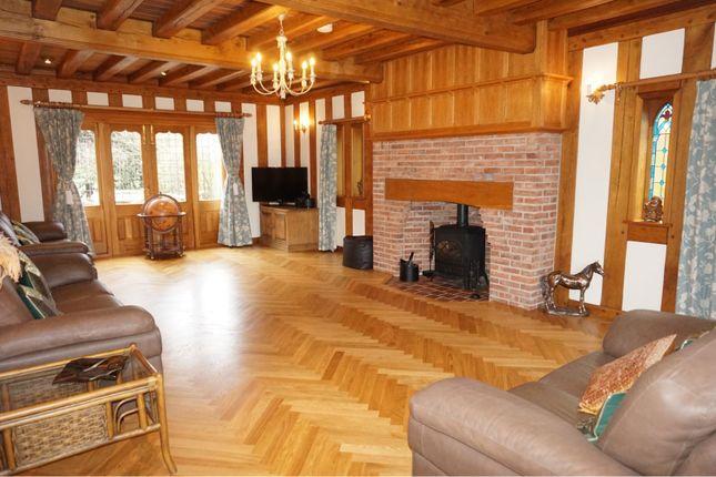 Living Room of Sapcote Road, Hinckley LE10