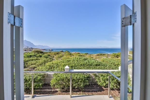 Photo of Westcliff Drive, Westcliff, Hermanus, Western Cape, 7200