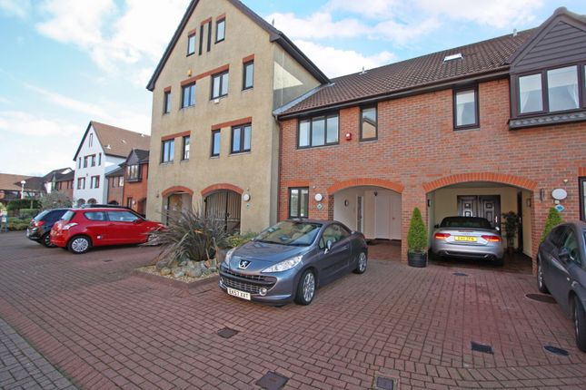 Thumbnail Town house to rent in Carbis Close, Port Solent, Portsmouth