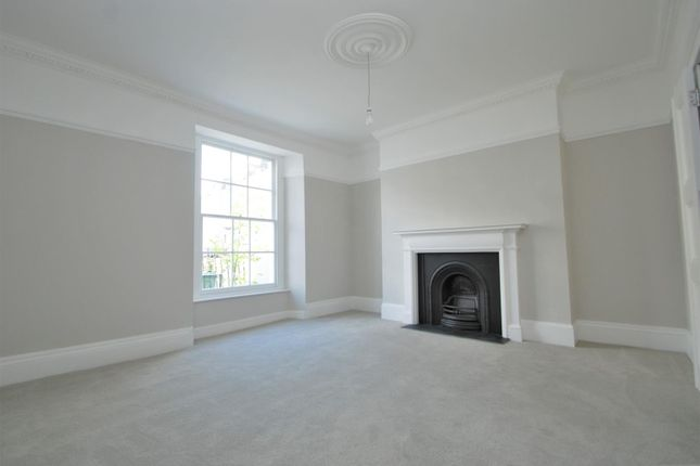 Drawing Room of Athenaeum Street, Plymouth PL1