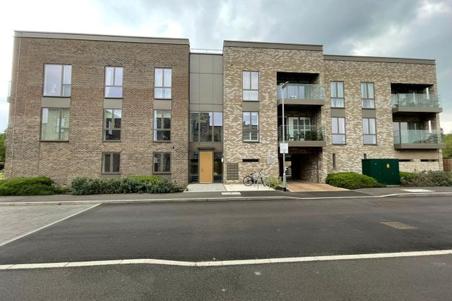 2 bed flat for sale in Musgrave Drive, Cambridge CB2