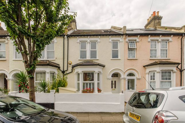 Thumbnail Property to rent in Selkirk Road, Tooting, London