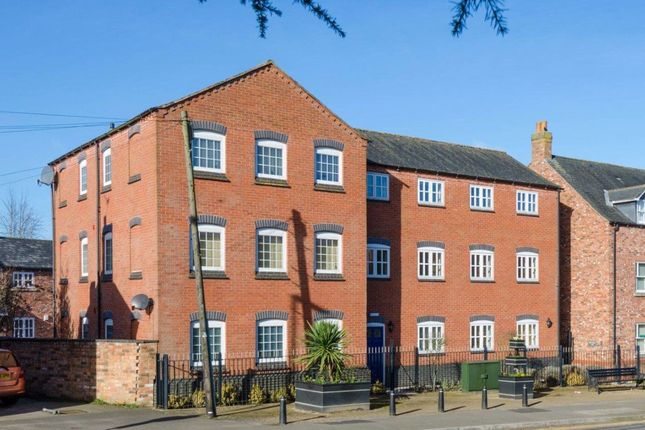 Thumbnail Flat to rent in The Leys, Burbage, Leicestershire