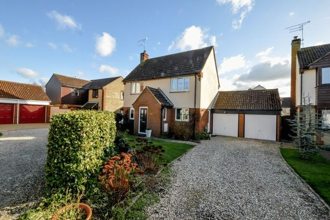 Thumbnail Detached house for sale in Rochford Close, Grange Park, Swindon