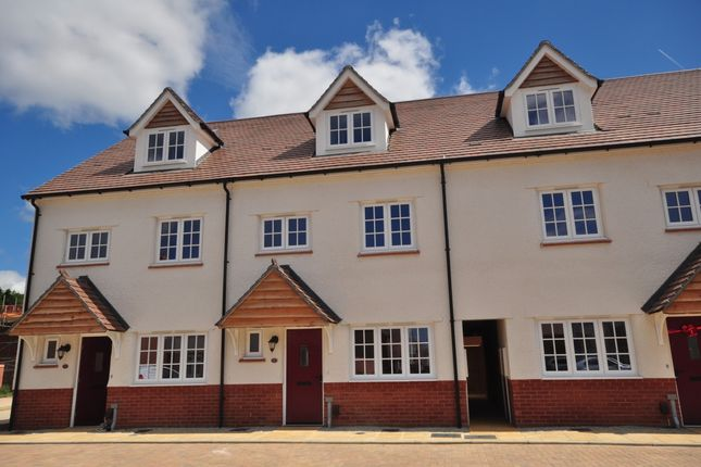Thumbnail Detached house to rent in Cosford Road, Maidstone