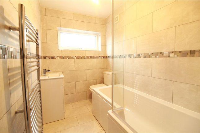 Bathroom of Redditch Walk, Coventry, West Midlands CV2