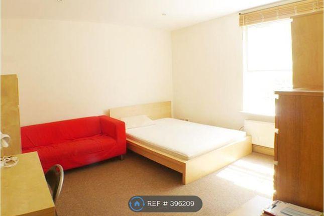 Thumbnail Flat to rent in Levita House, London