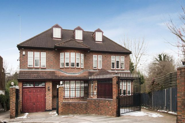 Thumbnail Detached house to rent in Hendon Avenue, Hendon