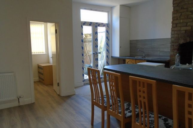 Thumbnail End terrace house to rent in Carlton Avenue, Rusholme, Manchester
