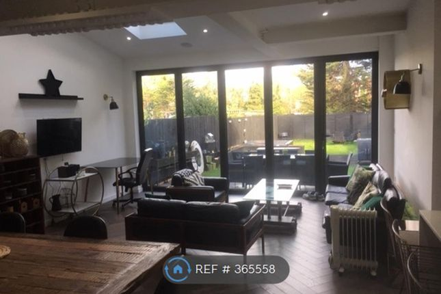Thumbnail Room to rent in Chatsworth Road, London