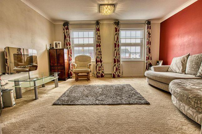 Lounge of Welbeck Close, Borehamwood WD6