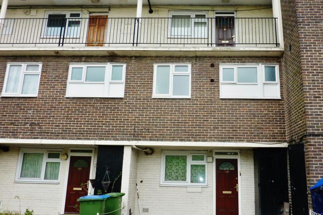 Thumbnail Maisonette for sale in Sewell Road, Abbey Wood, London