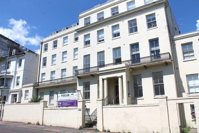 Studio to rent in Buckingham Place, Brighton BN1