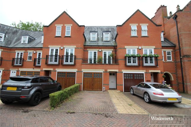 Thumbnail Terraced house for sale in Boyes Crescent, London Colney, St. Albans