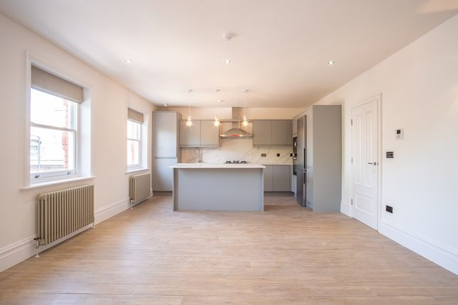 Thumbnail Flat to rent in Allerton Road, Liverpool, Merseyside