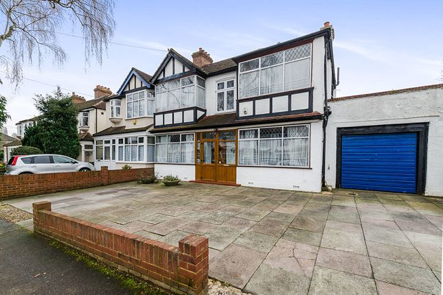 Thumbnail Detached house for sale in Osmond Gardens, Wallington