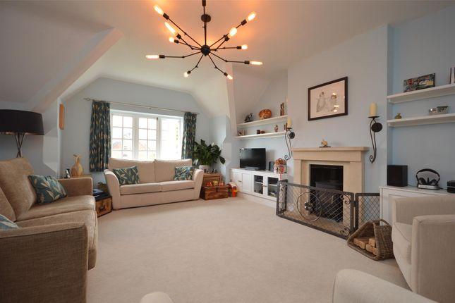 Thumbnail Maisonette to rent in Downleaze, Stoke Bishop, Bristol