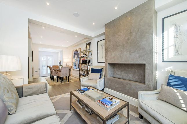 Thumbnail Flat for sale in St. Joseph Cottages, Cadogan Street, London