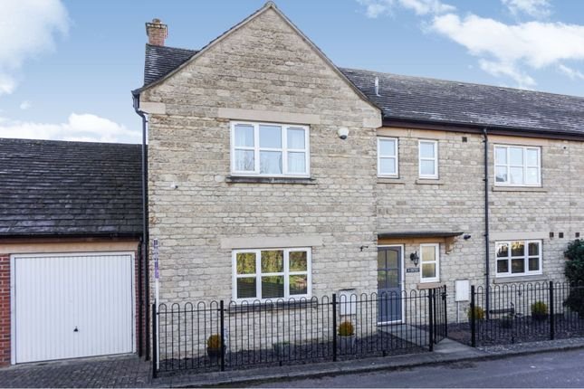 Thumbnail Semi-detached house for sale in Northfield Farm Lane, Witney