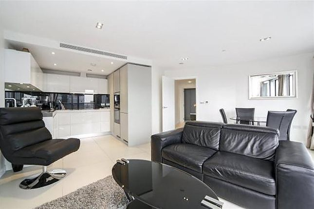 Thumbnail Flat to rent in Bezier Apartments, 91 City Road, Old Street, London