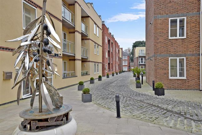 Thumbnail Flat for sale in Shippam Street, Chichester, West Sussex