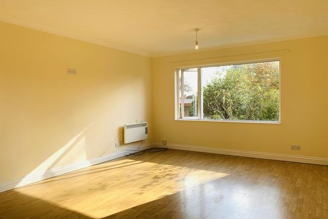 Thumbnail Flat for sale in Gladstone Street, Taunton