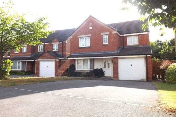 Thumbnail Property to rent in James Walton Drive, Halfway, Sheffield