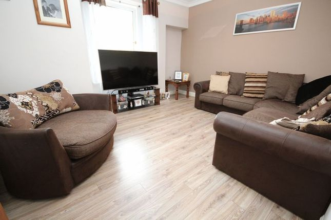 Thumbnail Property for sale in Glasgow Road, Bathgate