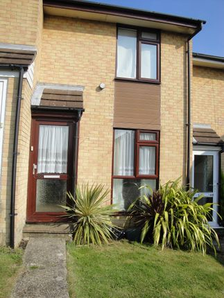 Thumbnail Terraced house to rent in Osborne Road, East Cowes