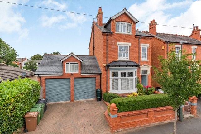 Thumbnail Detached house for sale in Victoria Avenue, Droitwich Spa, Worcestershire