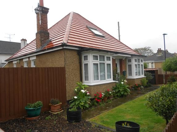 Thumbnail Bungalow for sale in London Road, Bedford, Bedfordshire
