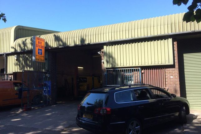 Thumbnail Retail premises for sale in Ermington, Devon