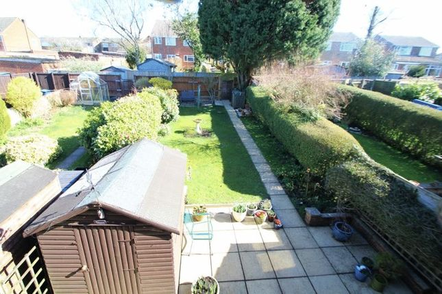 Photo 15 of Primrose Green, Widmer End, High Wycombe HP15