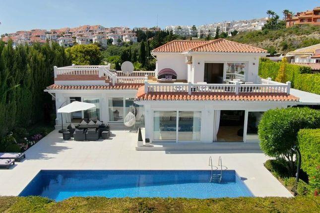 Thumbnail Villa for sale in 29692 La Duquesa, Málaga, Spain