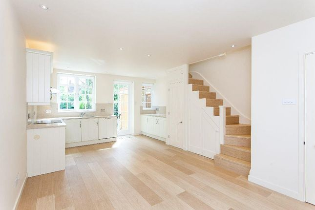 3 bed flat to rent in Westholm, Hampstead Garden Suburb, London