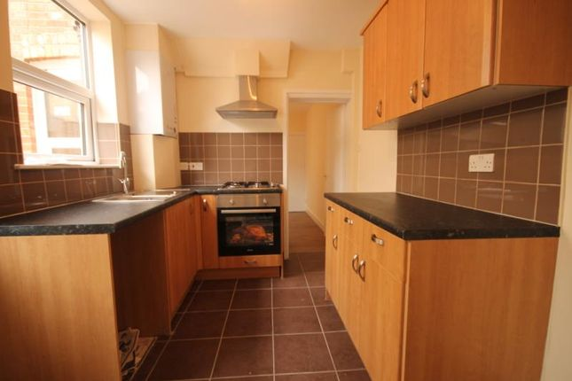 Thumbnail Semi-detached house to rent in Waterloo Road, Aldershot, Hampshire