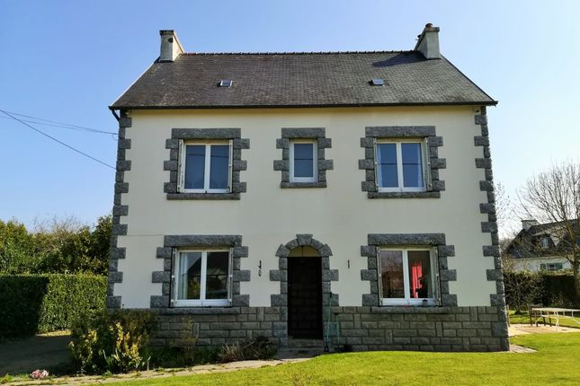 Thumbnail Detached house for sale in 22340 Maël-Carhaix, Côtes-D'armor, Brittany, France