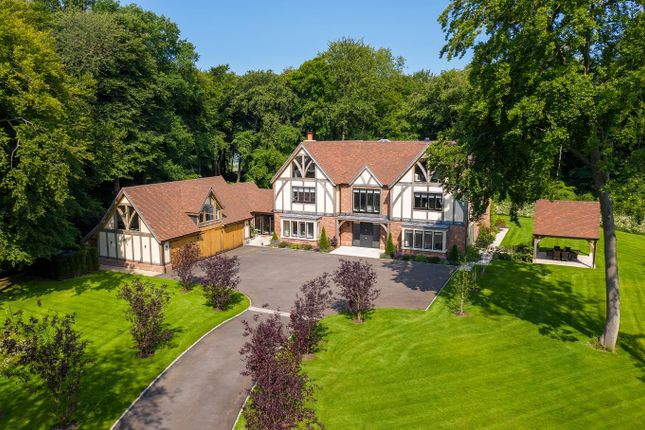Thumbnail Detached house for sale in Hill Top Lane, Chinnor Hill, Oxfordshire