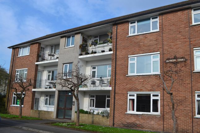 Thumbnail Flat for sale in Kingsland Road, Whitchurch, Cardiff