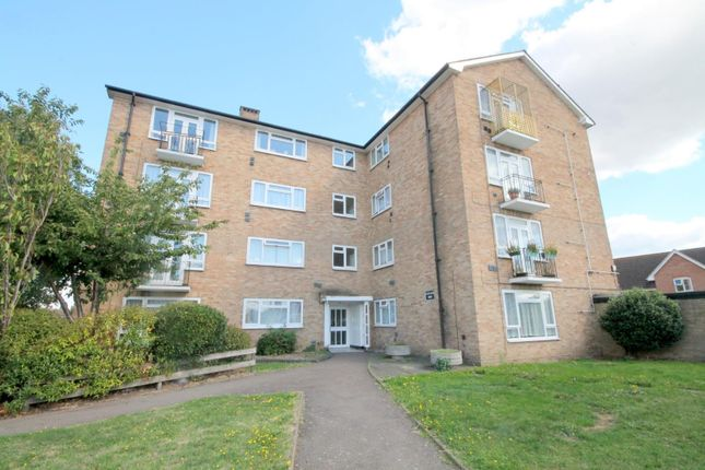 Thumbnail Flat for sale in Clyde Road, Stanwell, Staines