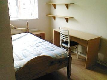 Thumbnail Flat to rent in Old Castle Street, Aldgate East/Liverpool Street