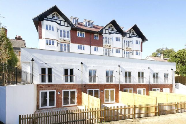 Flat for sale in Chapman House, Stanstead Road, Caterham, Surrey