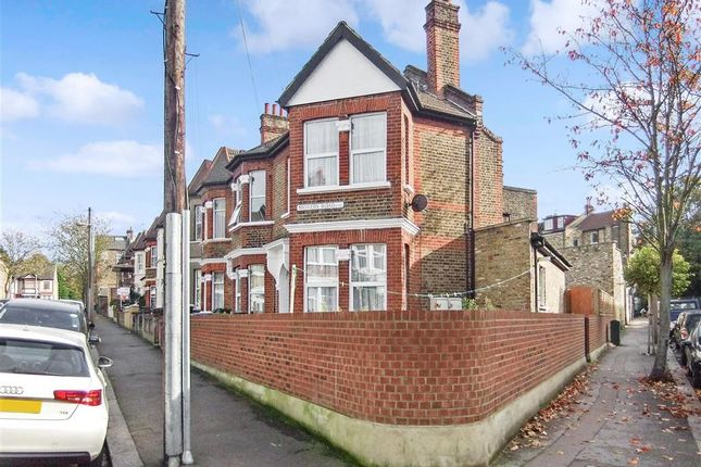 Thumbnail Flat for sale in Moyers Road, Leyton