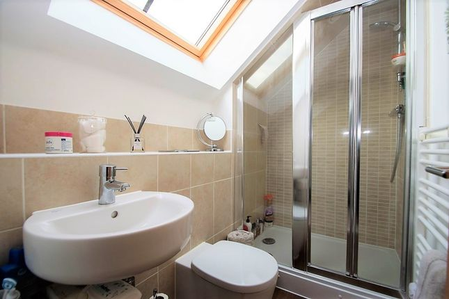 Master En-Suite of Nicolls Close, Cholsey, Wallingford OX10