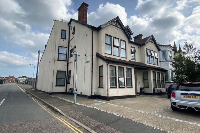 2 bed flat for sale in Southtown Road, Great Yarmouth NR31