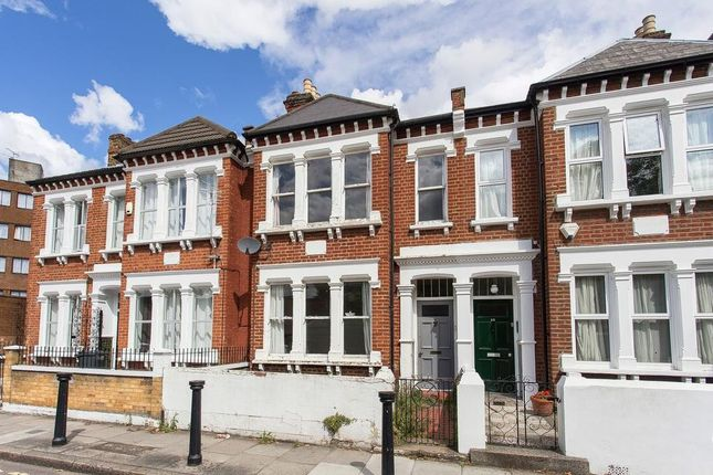 Thumbnail Terraced house to rent in South Island Place, London