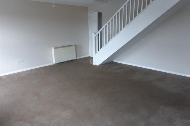 Thumbnail Flat to rent in The Centre, High Street, Polegate