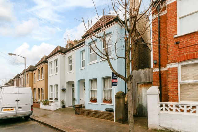 Thumbnail Flat for sale in Leverson Street, London